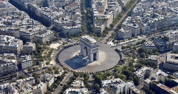 La traversée de Paris… suite… Rive Droite