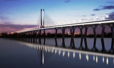 Tests de l'éclairage architectural du pont Samuel-De Champlain