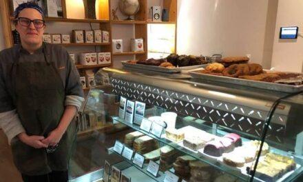 Cuisinière en chef au Café Station W