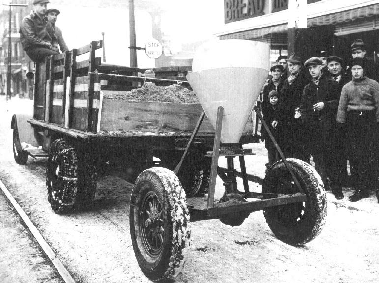 Histoire: l'épandage d'abrasifs en 1920