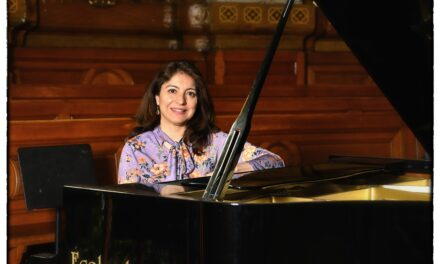 Explore: mini concerts avec Alexandra Delgado