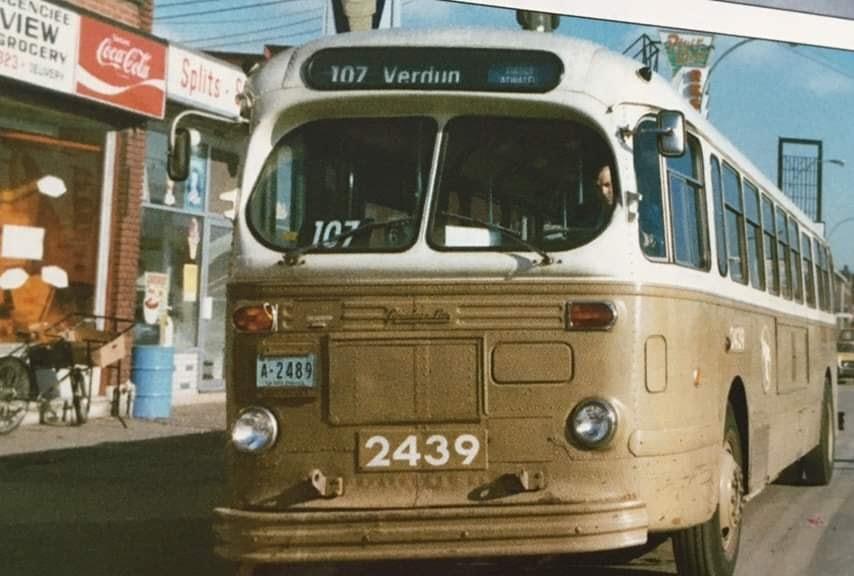 Autobus-107-Zeste-du-monde