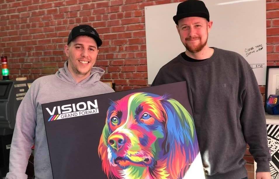 Vision Grand Format peut faire des affaires